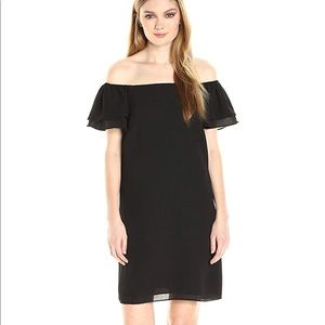 Off the shoulder Betsey Johnson Black minidress